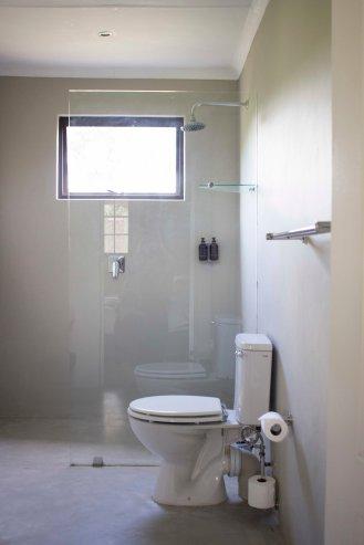 Bathroom 1 S